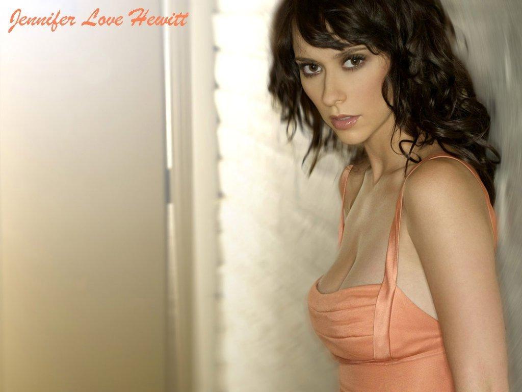 http://3.bp.blogspot.com/_bKlP91-VAMs/SxAcC6Fd1HI/AAAAAAAADFk/V-HdFv5156I/s1600/Jennifer+Love+Hewitt+Hot+Sexy+Actress++Ghost+whisperer+TV+Show++Nice+boobs+Bikini+Cleavage+Nude+(52).jpg
