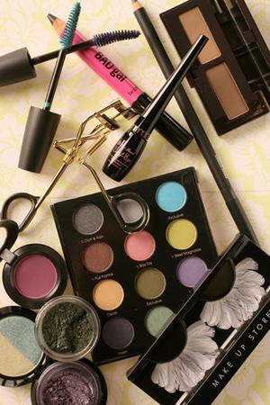 animal testing on makeup. Animal testing