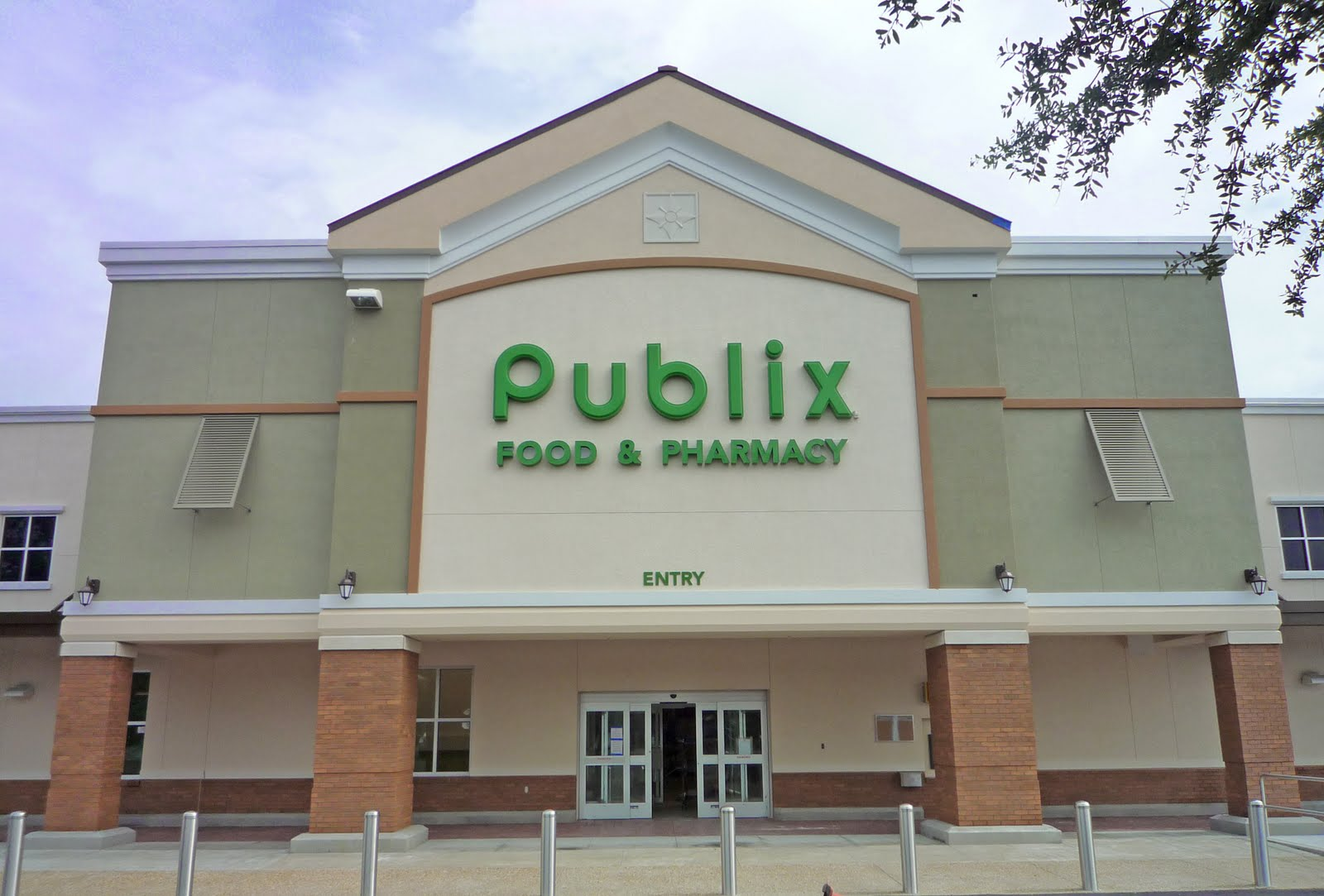 working at publix grocery store Tarpon springs — if, as authorities charge, arunya rouch shot a colleague to death march 30 at the tarpon springs (florida) publix (grocery store), she represents a rare class of criminal: women who kill in the workplace.
