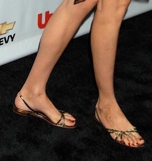 Zelda Williams Feet Pies Famosos: Saffron ...