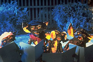 http://3.bp.blogspot.com/_bMgwKBBp0JE/STkk4RBGKoI/AAAAAAAABBk/C7ER7PB-S64/s320/gremlins+christmas+carol.jpg