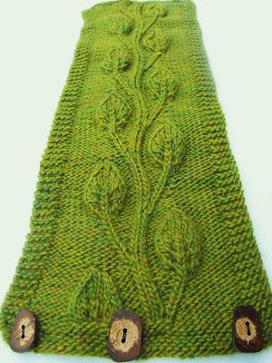 Close Knit Devine Neck Warmer Knitting Pattern