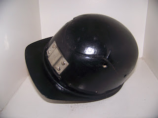 les lampes carbure casque neuf de mineur anglais cromwell. Black Bedroom Furniture Sets. Home Design Ideas