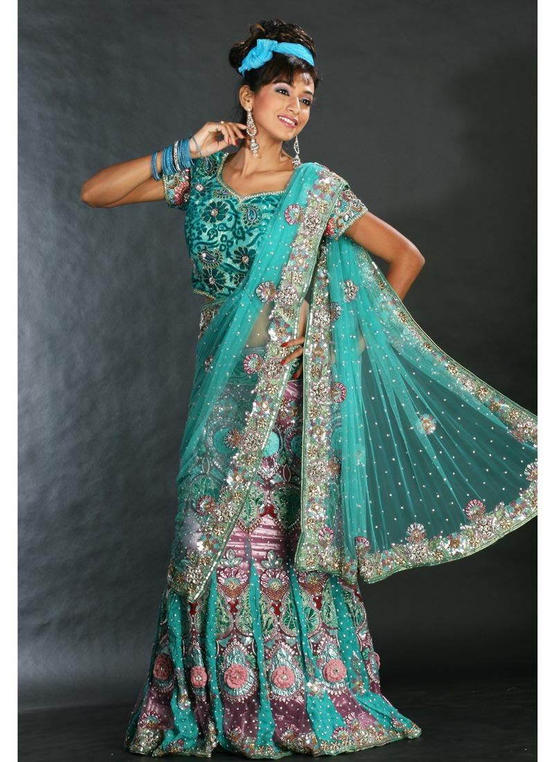 Fashion India New Style Saree