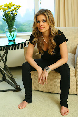 carmen electra feet galleries