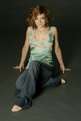 Hollywood Star Feet: Alyson Hannigan Feet
