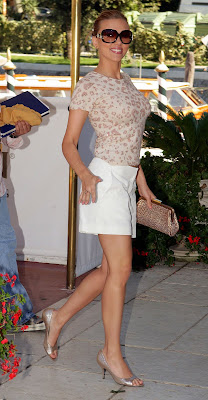 Scarlett Johansson Feet on Scarlett Johansson Feet   Scarlett Johansson   Zimbio