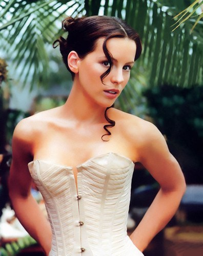 kate beckinsale hair highlights. Kate Beckinsale Hairstyles
