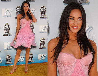 Megan Fox Straight Long Hairstyles 2010 with Side Bangs