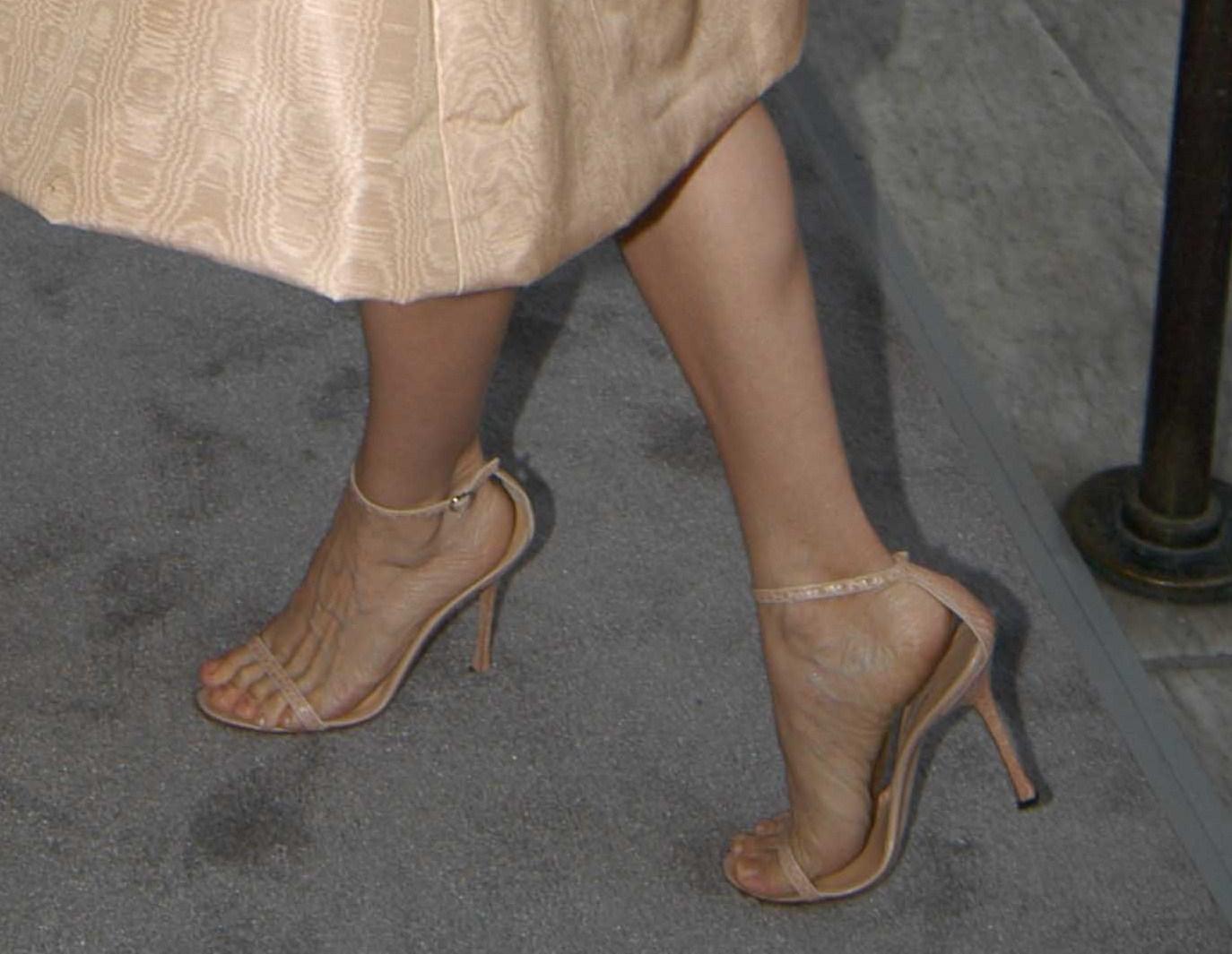 Фото ног звезд 12 фотография
