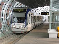 Hague:Συρμός και Σταθμός Τραμ