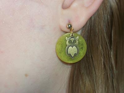 va-voom vintage green poker chip bakelite owl earrings