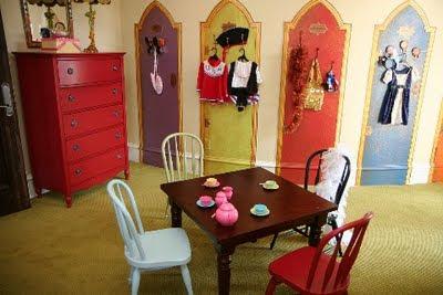 Http Kidsnfurniture Blogspot Com 2009 11 Special Kids Bedroom Area For Dress Up Html