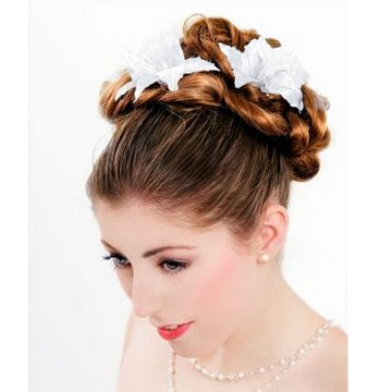 Hot Selections of Bridal Hairstyles 1