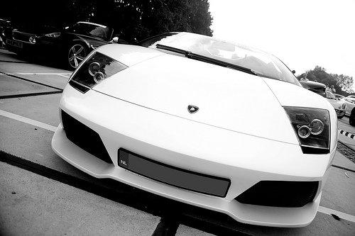 Lamborghini Wallpaper 2010 White. Born this white more tuning