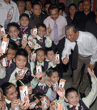 http://3.bp.blogspot.com/_bTABosgkgvo/TKnXNw-03sI/AAAAAAAAAQ0/tY0oqT0AxAA/s400/susu1Malaysia.jpg