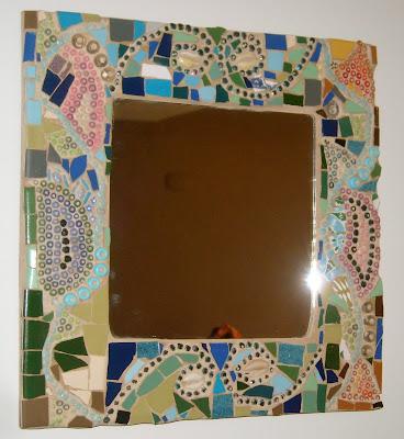 Trabalhos em mosaico espelhos em mosaico for Cuanto vale un espejo grande