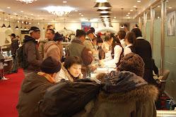 tengah shoping batu permata dikorea