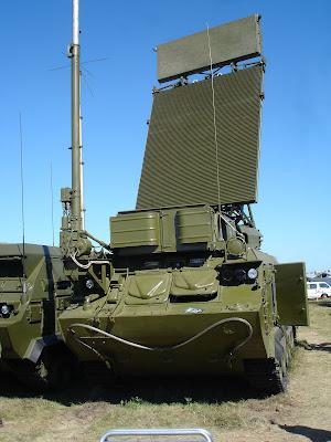 BUK M2E (SA11-17) PARA EL EJERCITO PERUANO Buk-M1-2_9S18M1-1