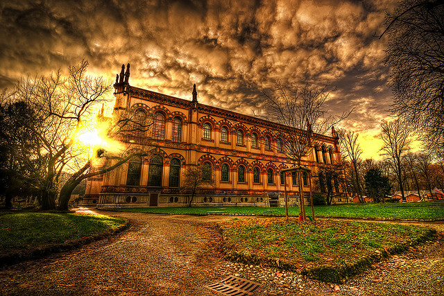 9 Amazing Architectural Photography Pictures Seen on www.VyperLook.com