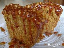 кекс с пъпеш и орехово-карамелена заливка