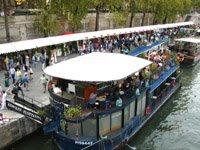 PARIS SEINE RIVER FAIRE