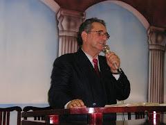 Pastor presidente da casa de oração pentecostal vida nova