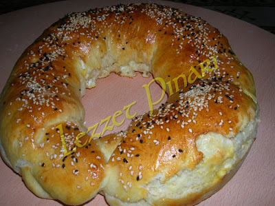 Peynirli Halka Ekmek Tarifi