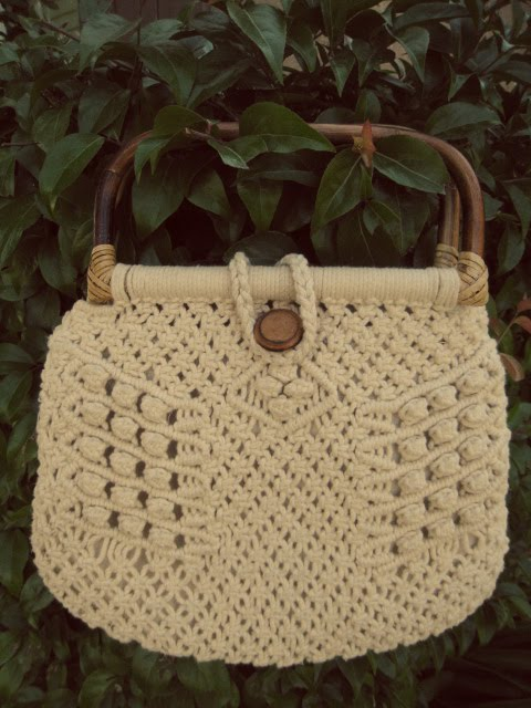 Macrame Purse Patterns Free : Macrame+Patterns Here is my new macrame purse I bought yesterday! I ...