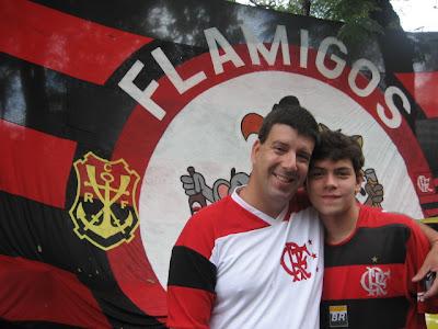 Eduardo Goldenberg e Henrique Blom, esquina das ruas Martins Pena e Campos Sales, 24 de fevereiro de 2008