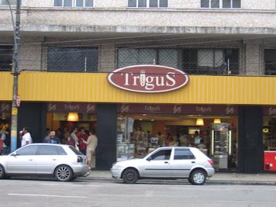 Padaria Trigus na rua Mariz e Barros esquina com Ibituruna, Tijuca, Rio de Janeiro