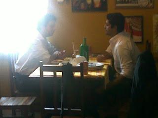 Luiz Carlos Fraga e Rodrigo Pian no ACONCHEGO CARIOCA, foto de paparazzo contratado