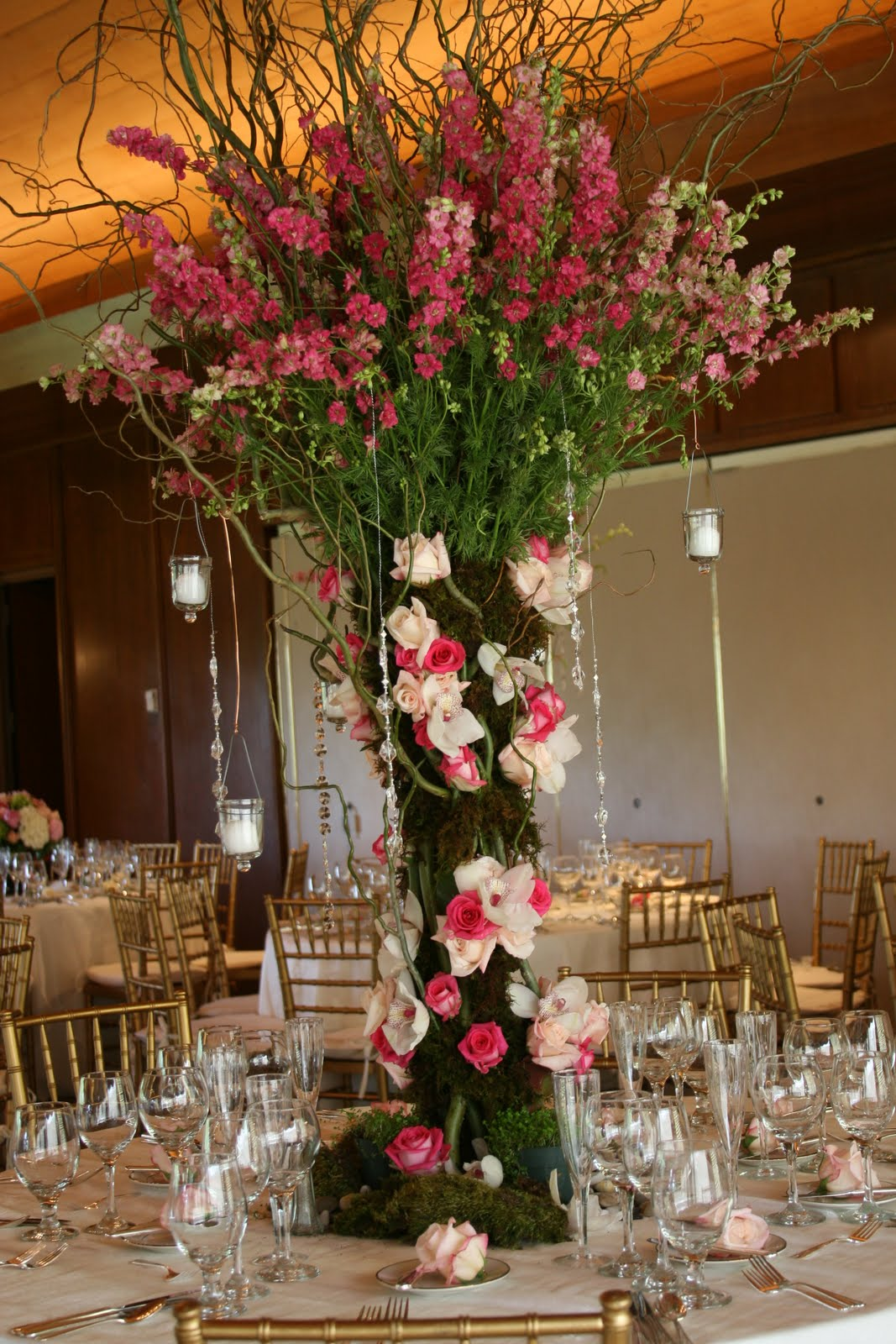 Jessica s country flowers our signature quot tree centerpieces