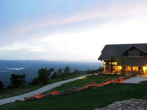 A reader 39 s journal blogging around the states arkansas for Cabins near mount magazine