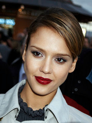 jessica alba lips. essential fall lip color is an
