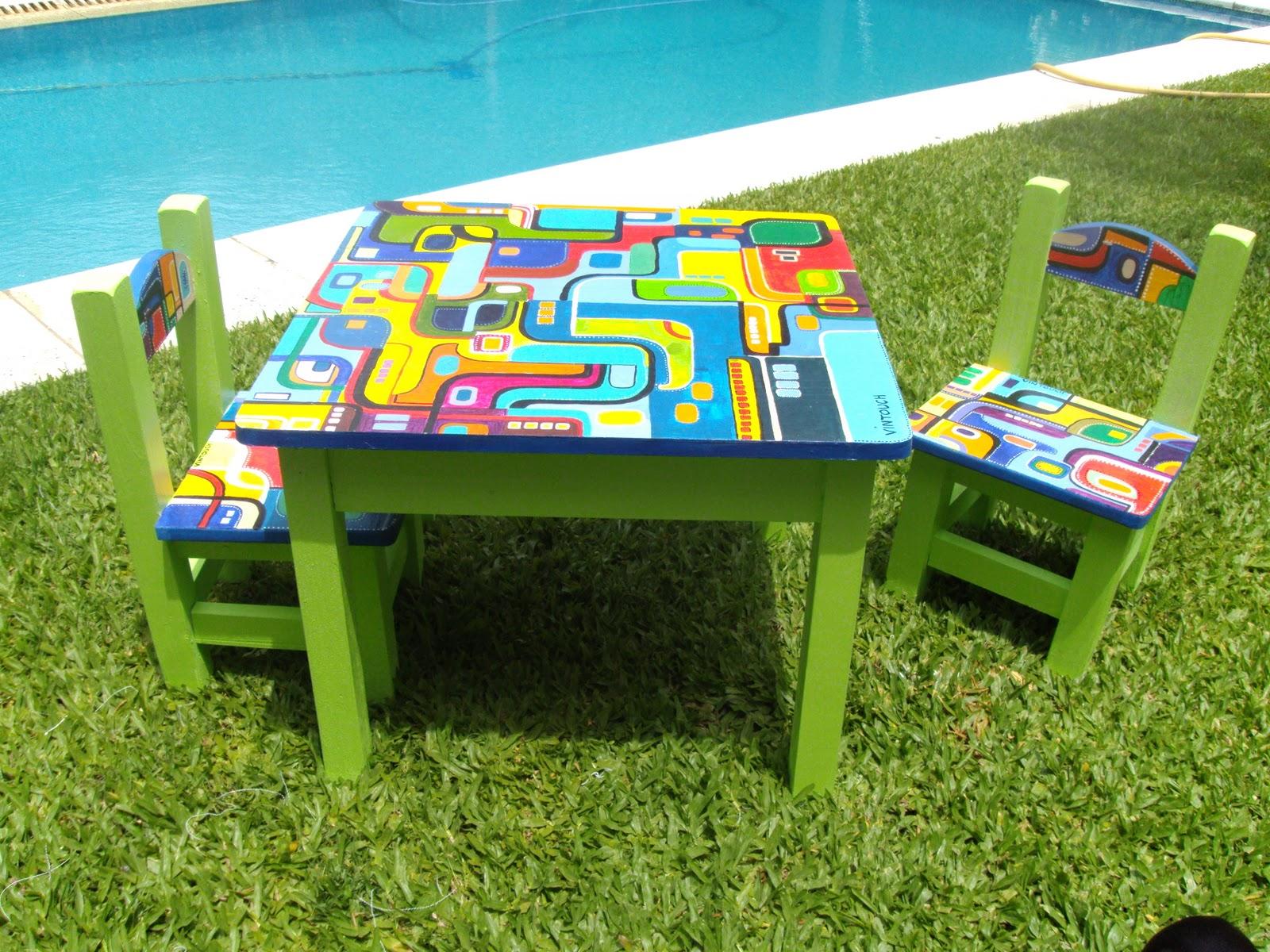 Vintouch muebles reciclados pintados a mano mesa y - Mesas y sillas para ninos ...