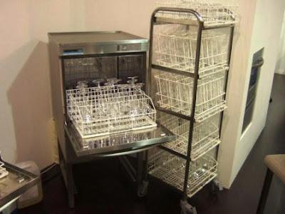 Enolitech: Maquina para lavar taças de cristal da Winterhalter