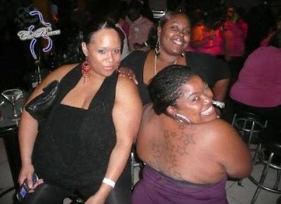 Foto Diskotik Khusus Wanita Gemuk [ www.BlogApaAja.com ]