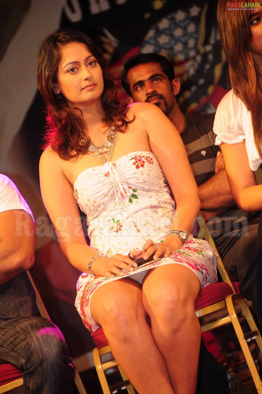 Sey Hot Bollywood Actress