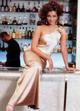 Aishwarya rai in Bar