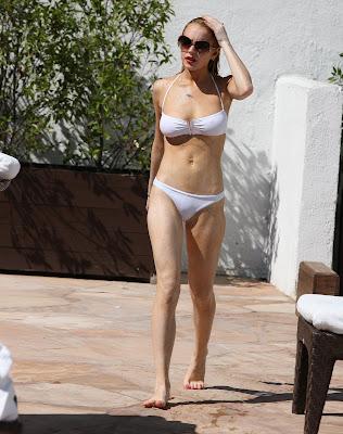 Lindsay Lohan wet panty