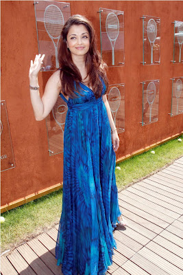 Aishwarya Rai in Long  blue skirt like in film at French Open