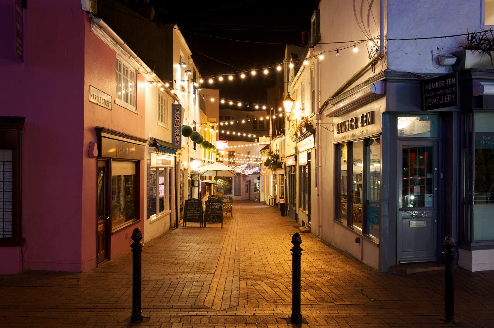 Brighton daily photo down in the lanes brighton nightime for The brighton