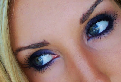 Navy Mascara Blue Eyes hd image