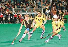 premier hockey league phl india chandigarh dynamos fans balder bomans hyderabad stadium venue telecast live espn