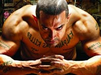 ghajini stills hindi movie aamir asin photo photos pictures images film review songs reviews download ringtones wallpapers