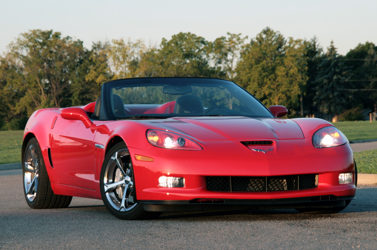car world popular 2010 chevrolet corvette grand sport convertible. Black Bedroom Furniture Sets. Home Design Ideas