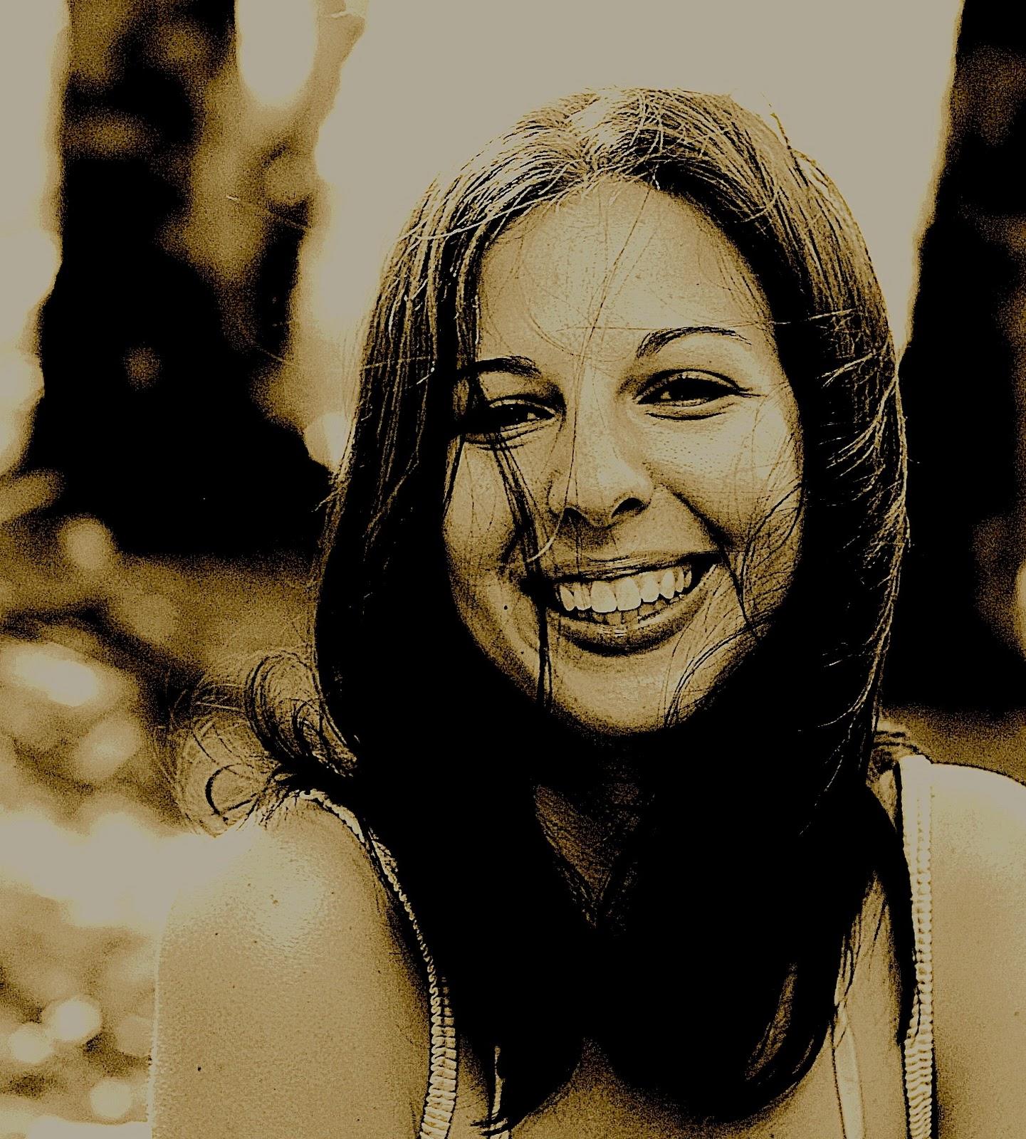 http://3.bp.blogspot.com/_bohyhnwSTjk/TOWtYWEUj-I/AAAAAAAABeo/EGHfzXQJL6I/s1600/garrattphoto.jpg