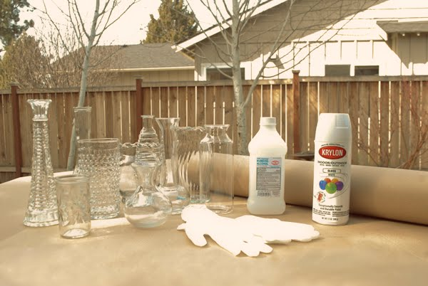 How to paint a glass vase