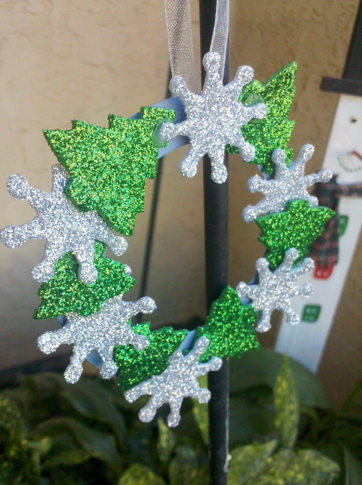 Dollar Store Christmas Ornament Craft